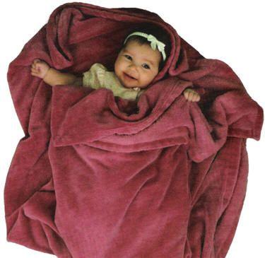 Chăn lông cừu Việt Nam xuất khẩu 3 lớp phù hợp với cả trẻ nhỏ