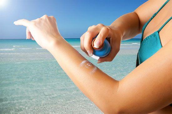 Xịt chống nắng Neutrogena fresh cooling SPF45 dạng xịt tiện sử dụng