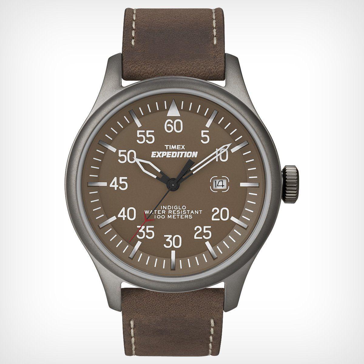 Mặt đồng hồ nổi bật với những con số rõ ràng, sắc nét. Có hiển thị ngày ở vị trí 3 giờ