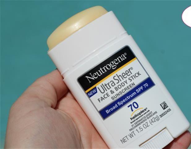 Sáp chống nắng Neutrogena Ultra Sheer dành cho cả da mặt và toàn thân