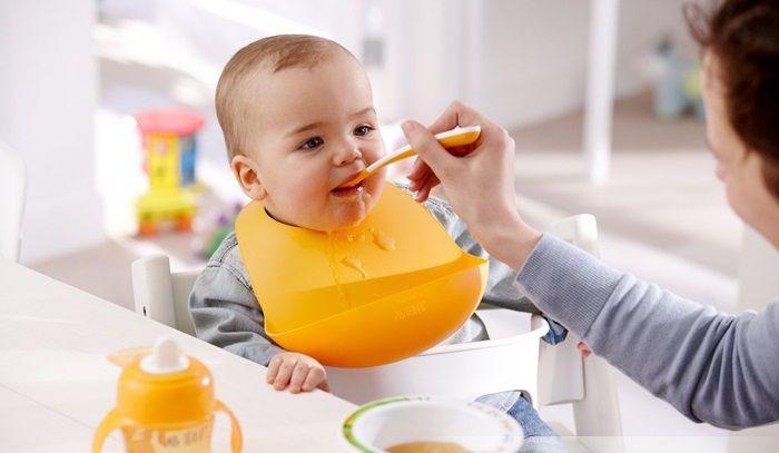 Yếm ăn dặm Avent thông minh và tiện dụng dành cho bé 5