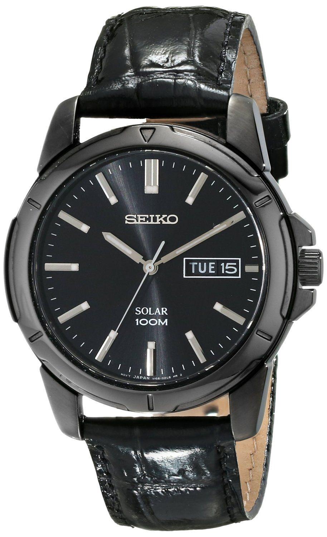 Đồng hồ nam Seiko Solar SNE097 thiết kế mặt số cổ điển hiển thị số rõ ràng, gờ bezel được mài bóng làm bằng thép không gỉ chống va đập.
