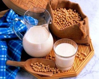 Sữa đậu nành rất tốt cho sức khỏe tim mạch