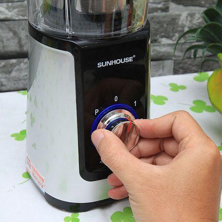 Nút điều khiển to, xoay tròn để chọn chế độ giúp bạn dễ dàng thao tác với sản phẩm.