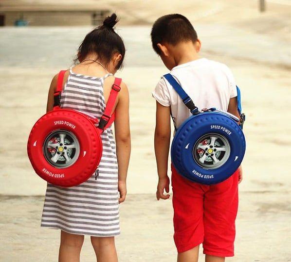 Balo hình bánh xe ô tô ngộ nghĩnh dành cho các bé 4