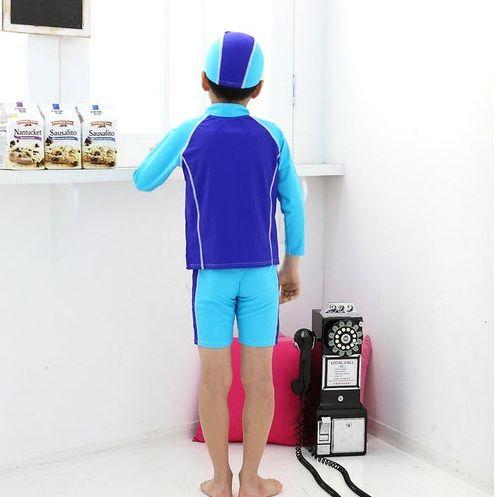 Thiết kế áo dài tay giúp tránh bị mất nhiệt nhanh khi xuống nước