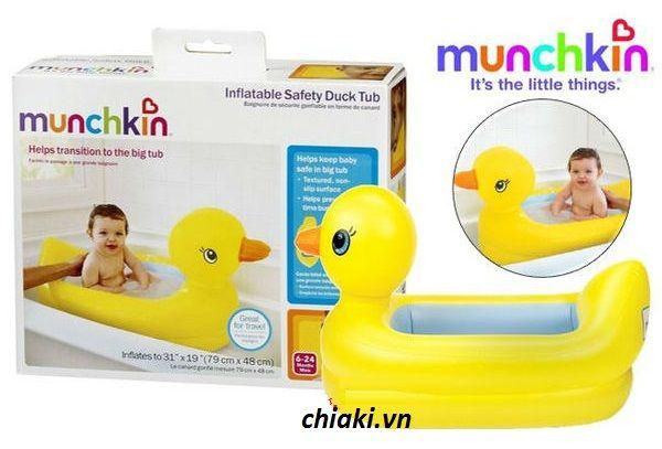 Chậu tắm cho bé Munchkin hình chú vịt ngộ nghĩnh được thiết kế dạng phao