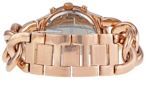 Chiếc đồng hồ Micharl Kors nữ này được thiết kế với dây màu vàng hồng đầy mê hoặc