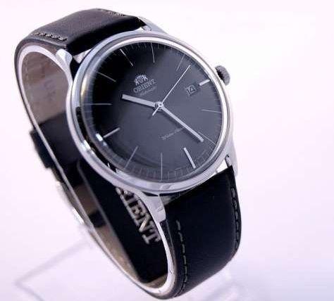 Đồng hồ Orient FER2400KA0 sở hữu phong cách khác lạ cổ điển pha chút mới mẻ. Đồng hồ Orient FER2400KA0 cho nam chạy tự động với một chỉ số dự trữ năng lượng tối đa 40 giờ cho một lần hoạt động