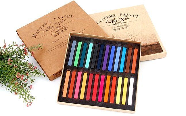 Sáp nhuộm tóc tạm thời Master Pastel 24 tông màu nổi bật là một trong những sản phẩm làm đẹp cá tính