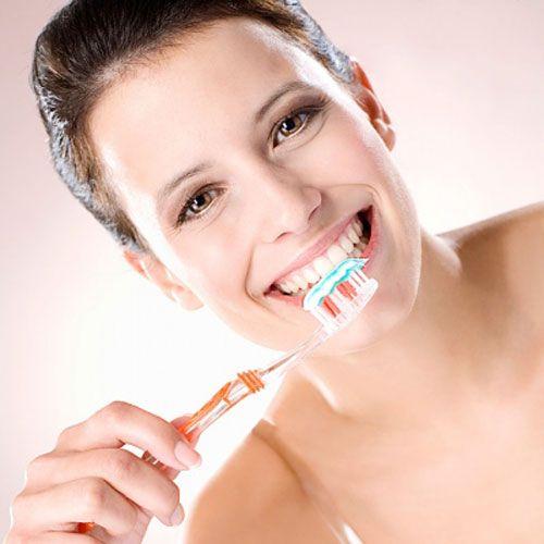 Kem đánh răng Aquafresh Nhật Bản cho nụ cười thơm mát, rạng rỡ