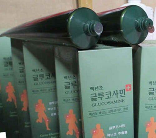 Dầu lạnh Glucosamine Hàn Quốc chuyên giảm đau nhức mỏi liên quan đến khớp
