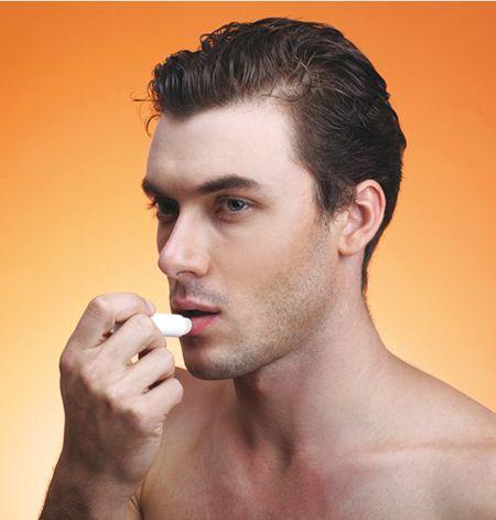 Son dưỡng Shiseido dùng được cho cả nam và nữ