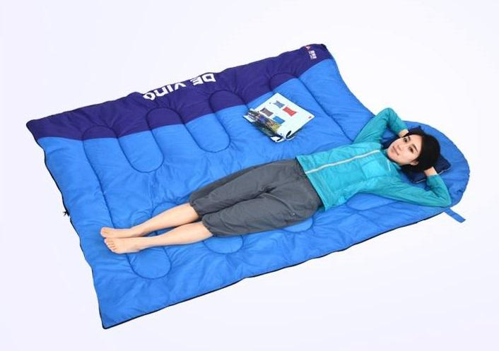 Túi ngủ văn phòng vải Poly có thể trải ra làm nệm, chăn