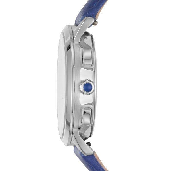 Núm điều chỉnh màu xanh blue nổi bật, case đồng hồ chỉ dày 9mm mang đến vẻ ngoài thanh lịch