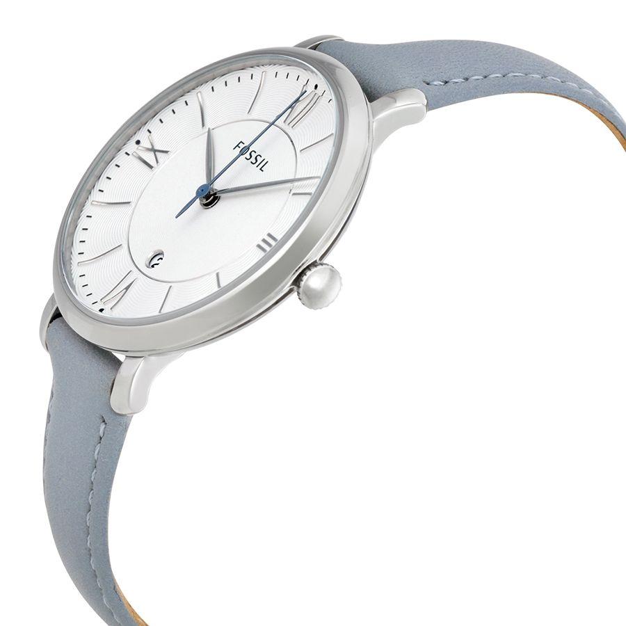 Case đồng hồ chỉ dày 7mm giúp chiếc đồng hồ trở nên thanh lịch hơn