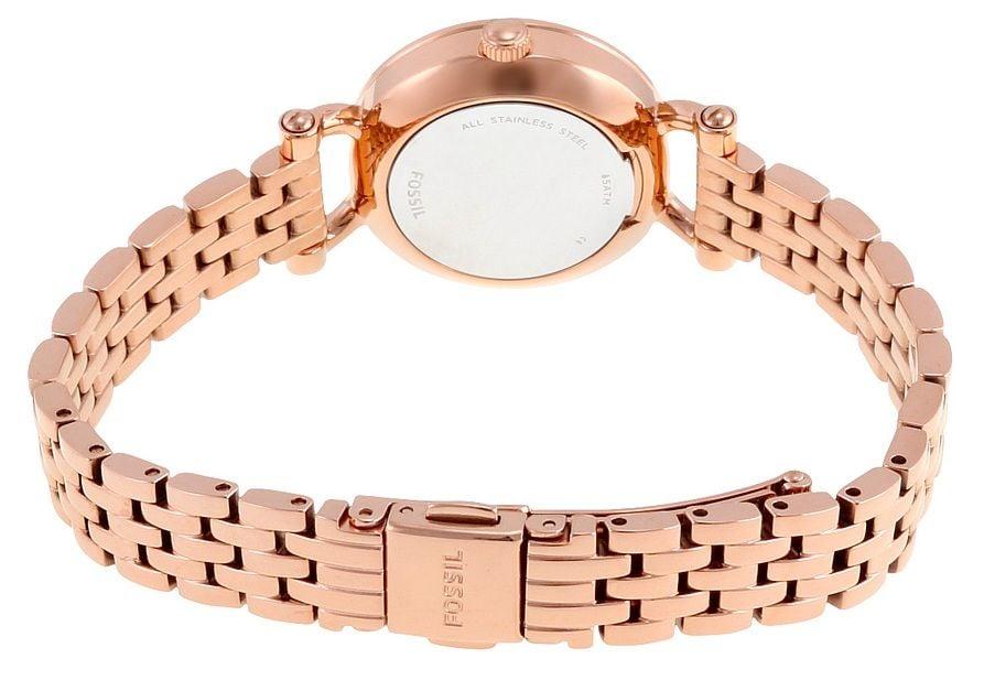 Dây đồng hồ chất liệu thép không gỉ được mạ vàng hồng sang trọng, nhỏ nhắn trẻ trung như một chiếc lắc tay