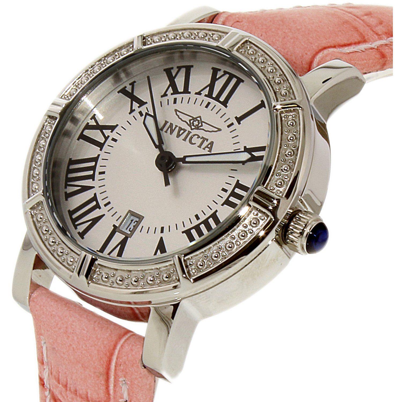 Gờ bezel được đính đá tinh xảo giúp chiếc đồng hồ trở nên sang trọng hơn