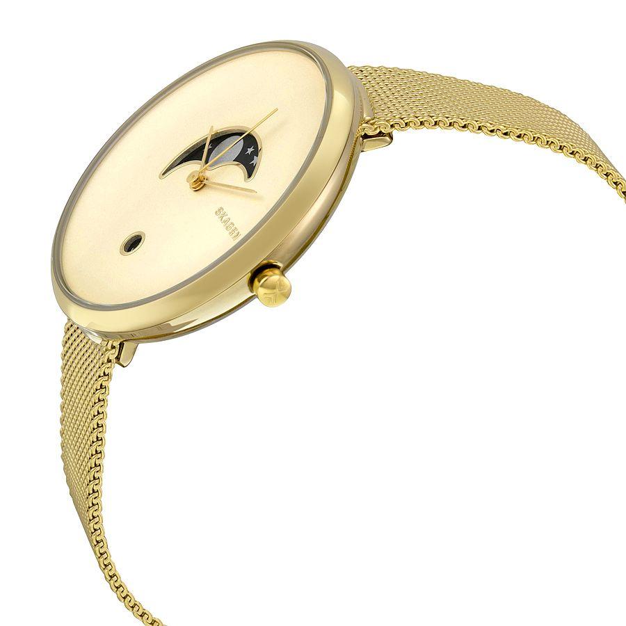 Bao phủ chiếc đồng hồ Skagen nữ này là tông màu vàng sang trọng
