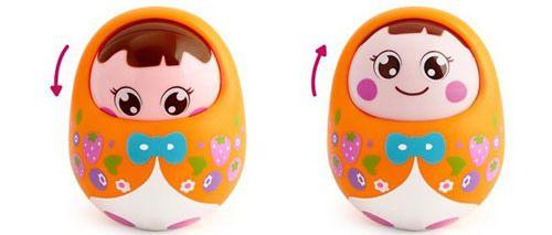 Đồ chơi giúp bé có những nhận thức đầu đời về đồ vật và màu sắc xung quanh