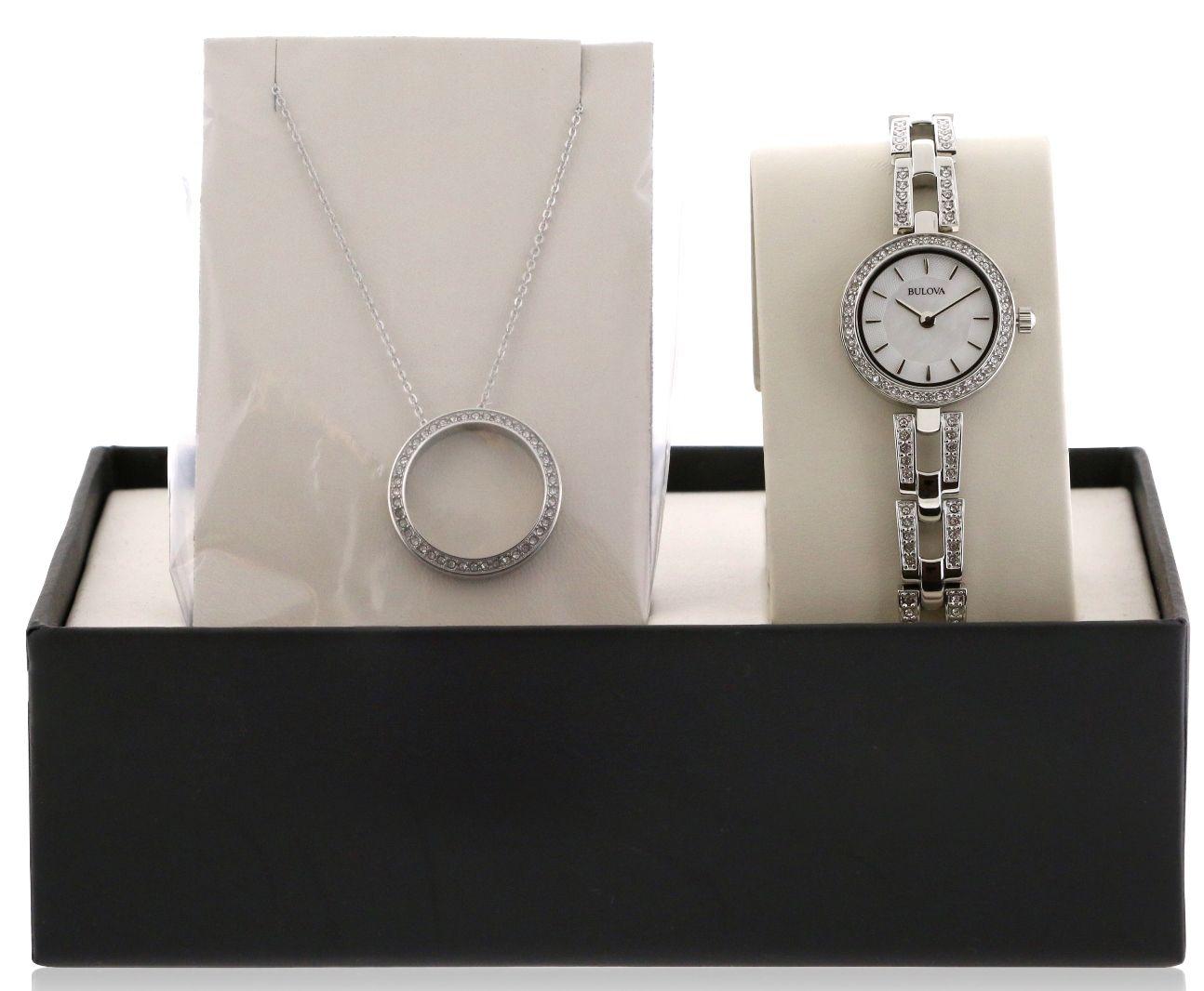Cận cảnh chiếc đồng hồ Bulova 96X130