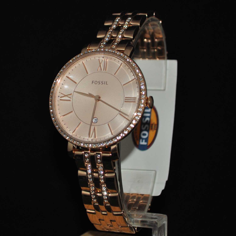 Cận cảnh chiếc đồng hồ Fossil nữ