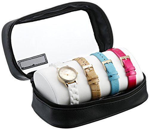 """Đi kèm đồng hồ là 3 dây da với các màu khác nhau giúp bạn dễ dàng """"biến hóa"""" phong cách khi cần thiết"""