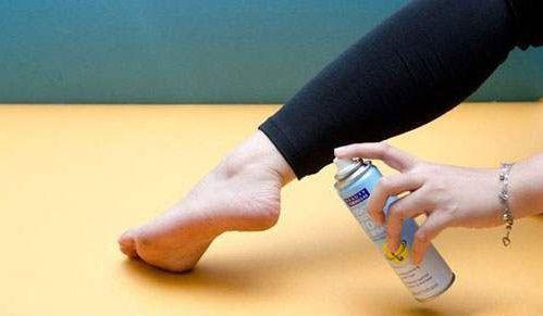 Cách sử dụng xịt khử mùi hôi chân Nga Rexona