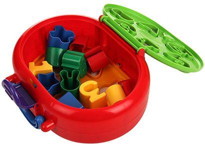 Với thiết kế hình hộp vali nên có thể đóng mở giúp bé xếp gọn các khối ghép. Tay xách vali đáng yêu, giúp bé dễ dàng di chuyển đồ chơi