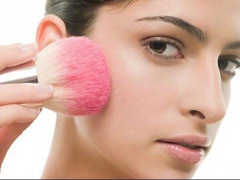 Chất phấn của Milani Illuminating Face Powder mềm mịn, tệp da, ẩm mượt