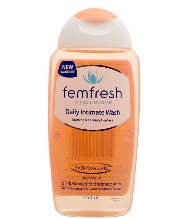 Dung dịch vệ sinh phụ nữ hàng ngày Femfresh Daily Intimate Wash 250ml chính hãng