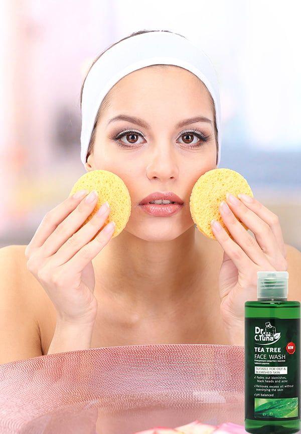 Gel rửa mặt trị mụn Dr C Tuna Tea Tree Face Wash kiểm soát dầu nhờn và điều trị mụn hiệu quả