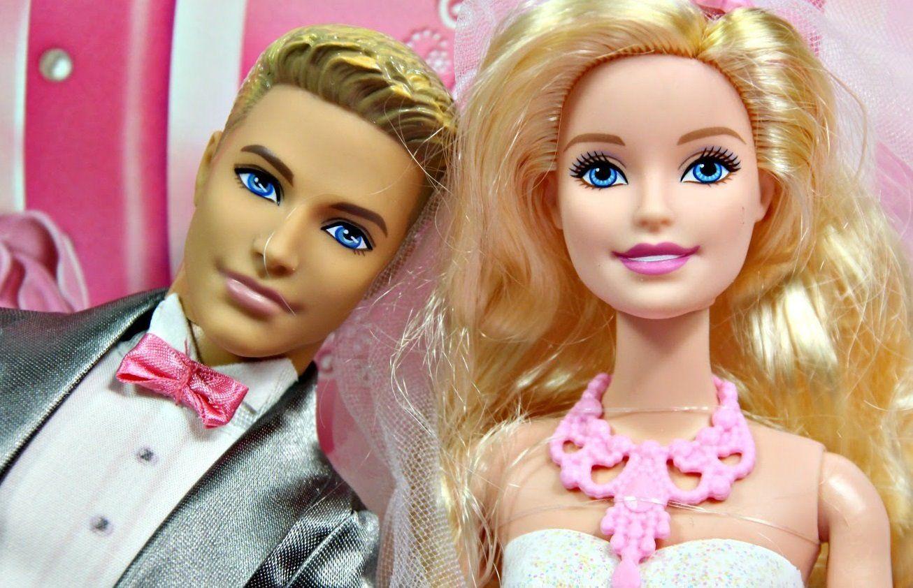 Barbie cô dâu và chú rể Ken