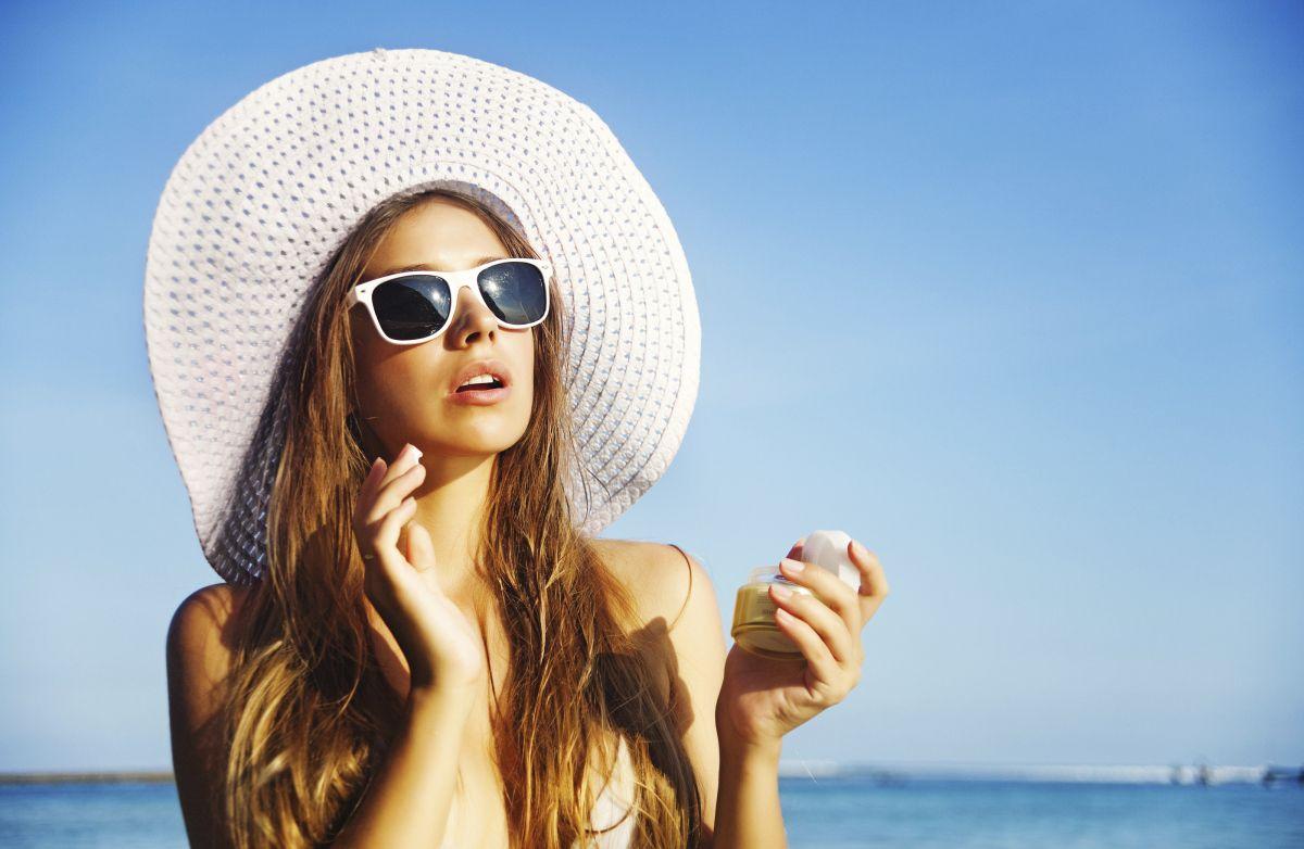 Viên uống chống nắng ra đời nhằm khắc phục những nhược điểm của kem chống nắng