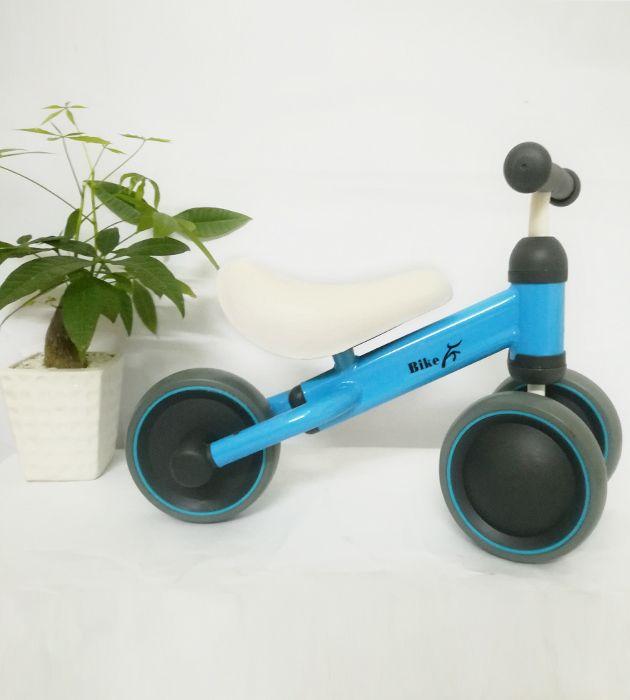 Xe thăng bằng 3 bánh Bike cho bé 1 tuổi trở lên màu xanh