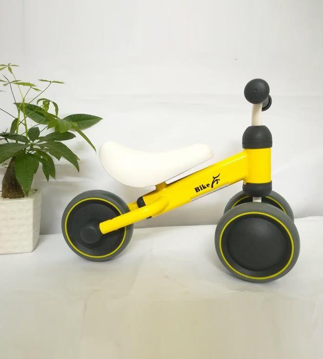 Xe thăng bằng 3 bánh Bike cho bé 1 tuổi trở lên màu vàng