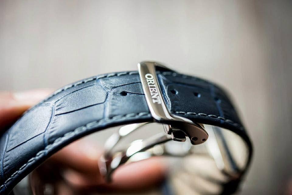 Thiết kế khóa bướm chắc chắn, không làm hại dây