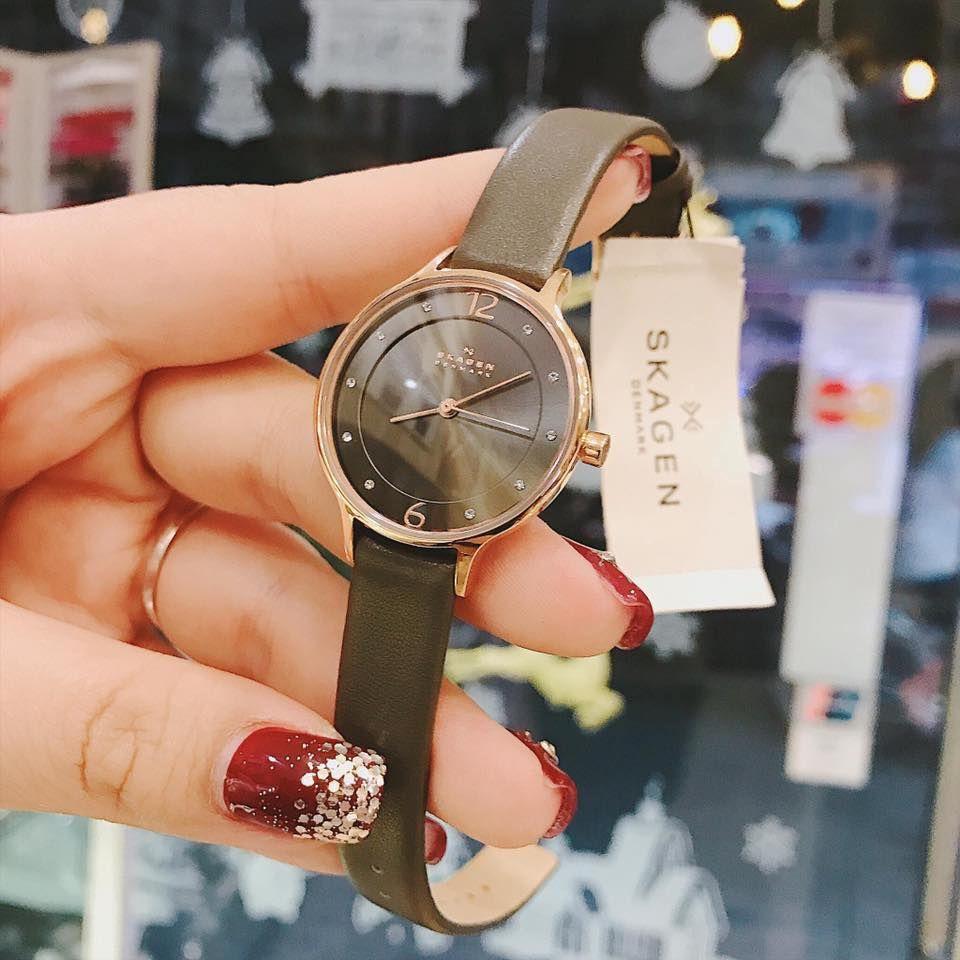 Cận cảnh chiếc đồng hồ Skagen nữ SKW2267