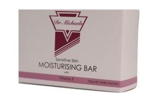 Xà bông làm sạch vảy da Dr Michaels Moisturising Bar bổ sung thêm các loại dầu tự nhiên cho da
