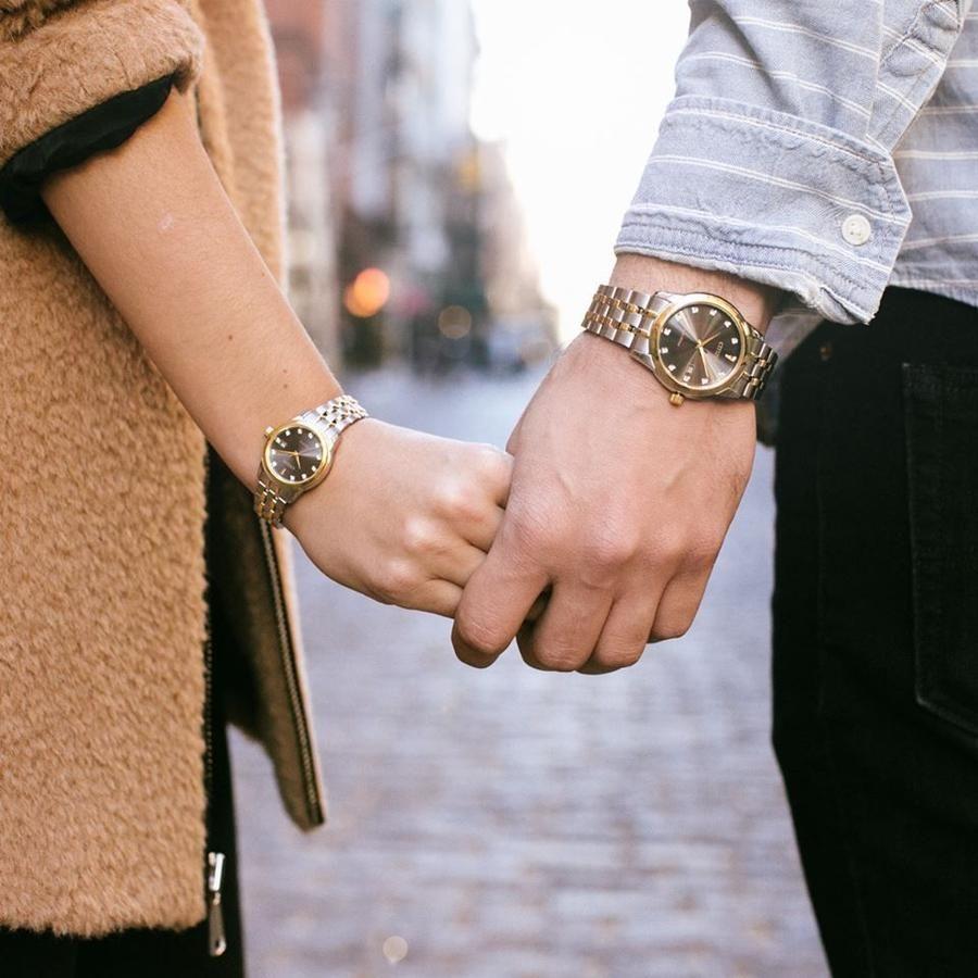 Đeo đồng hồ đôi thế này cũng rất tuyệt vời phải không?
