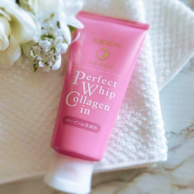 Sữa rửa mặt tạo bọt Senka Perfect Whip Collagen 1