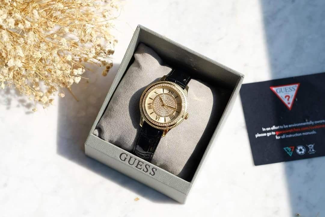 Đồng hồ Guess U0840L1 dây da đen thanh lịch 1