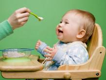 Phương pháp cho bé ăn dặm đúng cách giúp bé khỏe mẹ vui