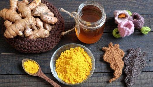 [NEWS] Uống tinh bột nghệ với mật ong tốt như thế nào ?