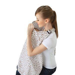 Khăn choàng cho bé bú khi ra ngoài