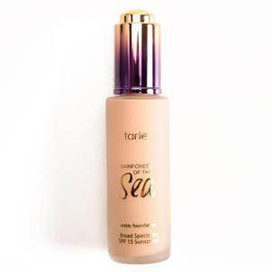 Kem nền Tarte Rainforest of the Sea Foundation SPF 15