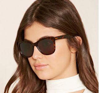 Kính mắt f21 Gradient Square Sunglasses 1000201220