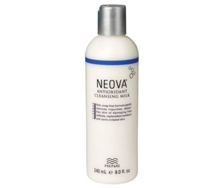 Sữa Rửa Mặt Cho Da Nhạy Cảm Neova Antioxidant 240ml