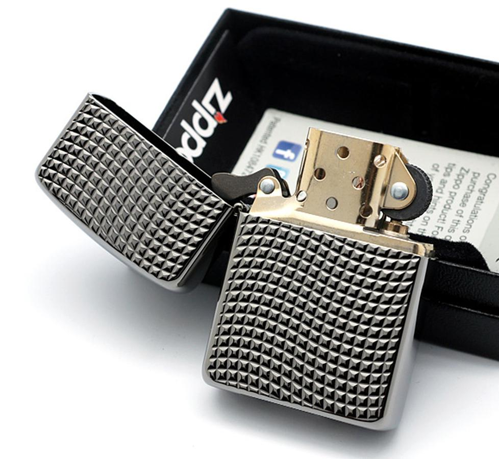 Bật Lửa Zippo 28544 Armor High Polish Black Chrome