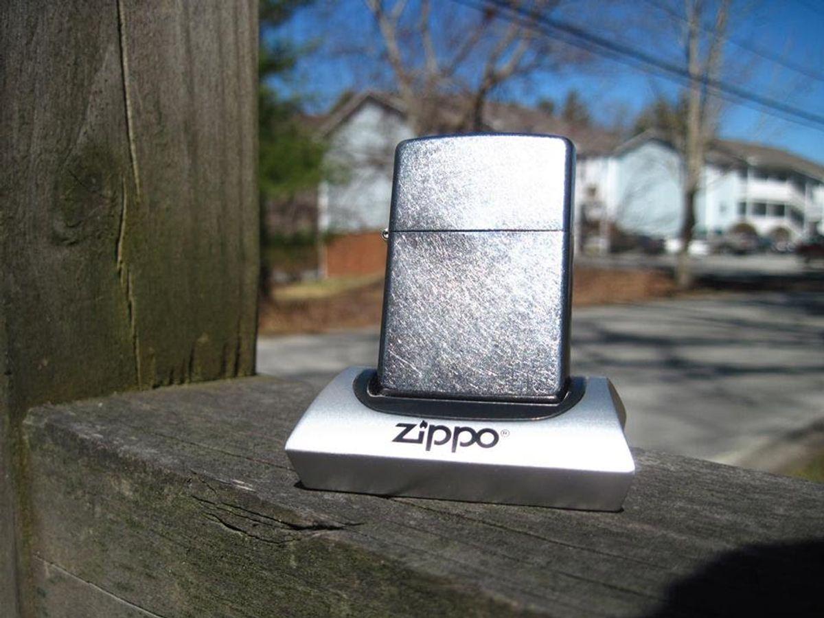 Bật Lửa Zippo 207 Street Chrome Xước Bụi